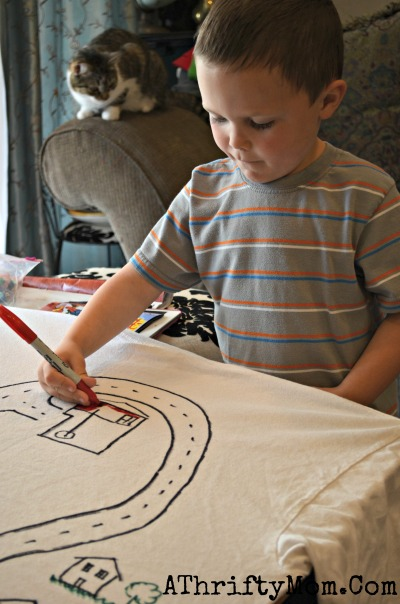 Play Time with Dad shirt, Car track on the back of a t-shirt, DAD gets a nap and kids get to PLAY it is a Win- Win #FathersDay #Gift. #DIY, #Dad, #Craft, #Boys