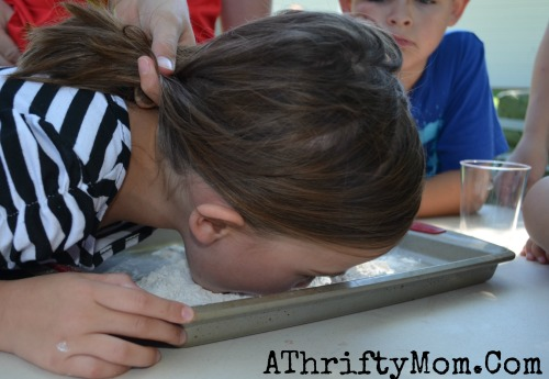 Cut the flour game, Family Reunion Ideas, Party games,  Games for a family reunion #Games, #FamilyReunionIdeas
