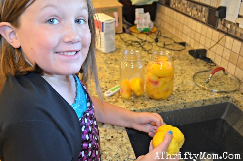 Canning peaches with my daughter, #Family