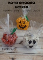 lego goodie bags, #trickortreat, #legos, #Halloween, #trickortreatideas, #legofun, #Halloweenhandouts