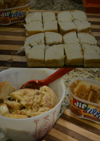 Pumpkin Spice French Toast Bake, Easy Gift Ideas, Neighbor Gift Ideas for Christmas, Fast and easy Gift Ideas for Christmas #Pillsbury, #GiftIdeas, #EasyNeighborGifts, #EasyTeachergifts   #Healthy