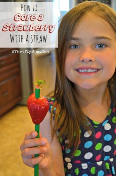 Kitchen hacks, Stawberry recipes made easy HOW TO CORE A STRAWBERRY WITH A PLASTIC STRAW, this is such a cool trick and perfect for kids helping in the kitchen.