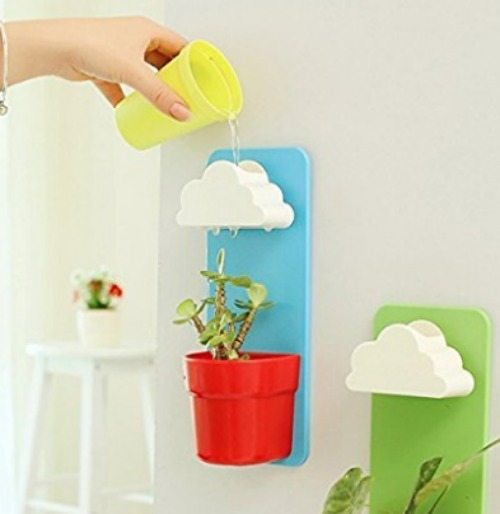 Wall hanging plant pot