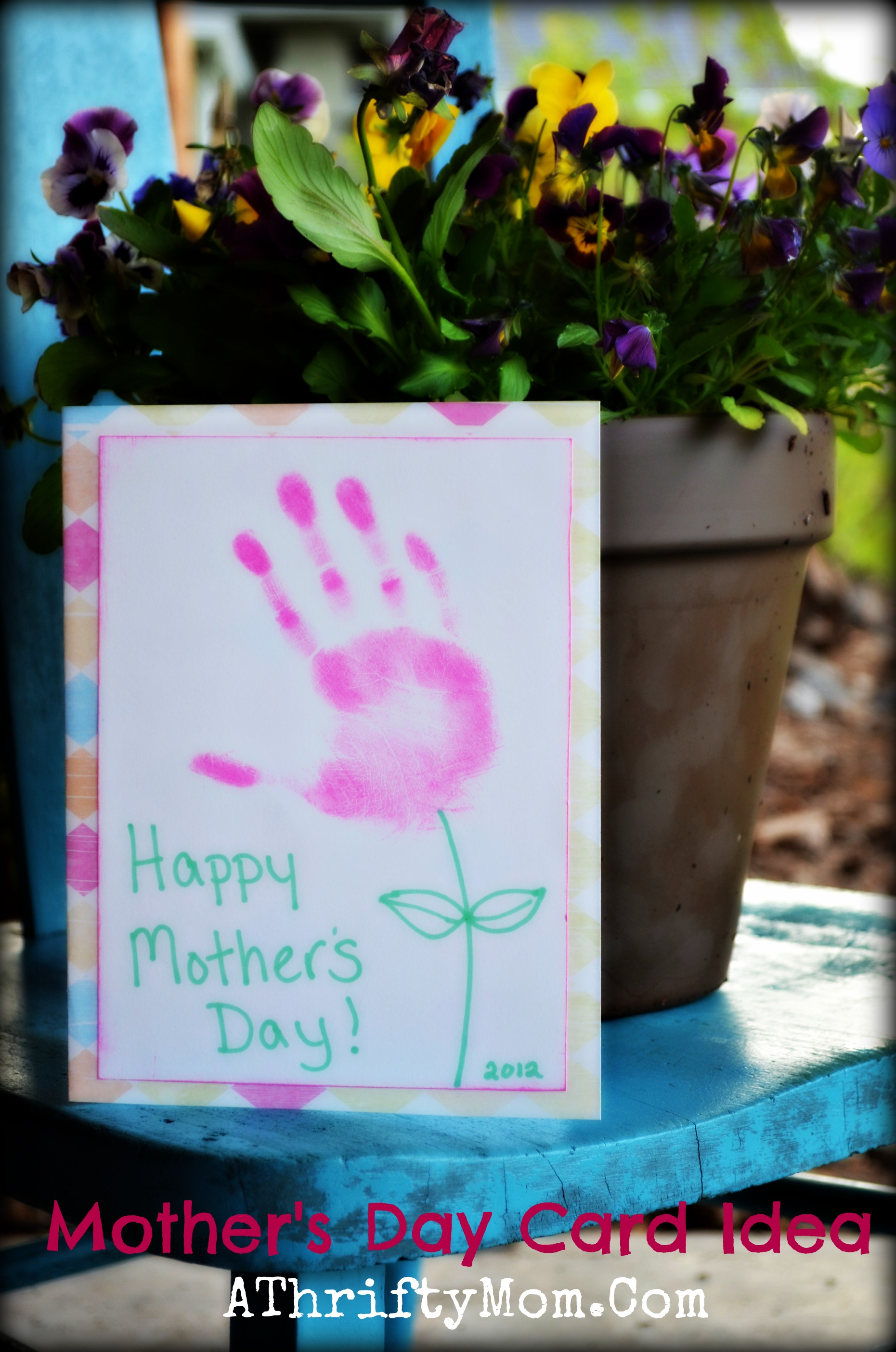 Handmade mother 39 s day card idea hand print flower card Good ideas for mothers day card